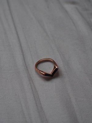 Rosegoldener V- Ring von &otherstories