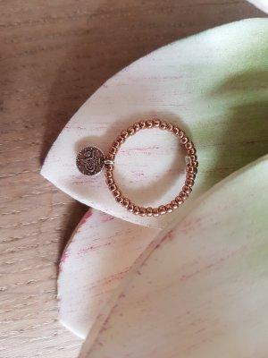 Roségoldfarbener Ring