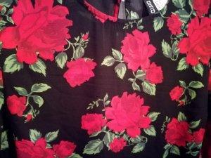 H&M Divided Tuta nero-rosso scuro