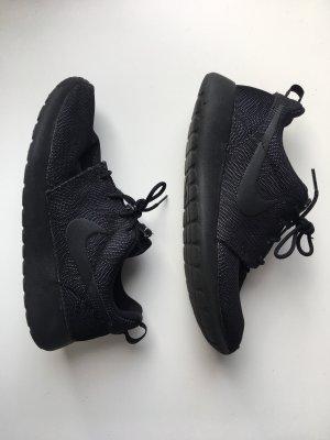 Roshe One Moire Nike