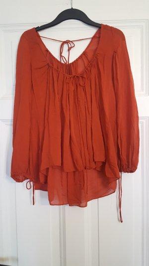 rostrote lockere Bluse mit schönen Details