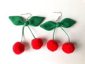 Rot Kirschen Pompom Ohrringen/Ohrhänge Handmade in Deutschland