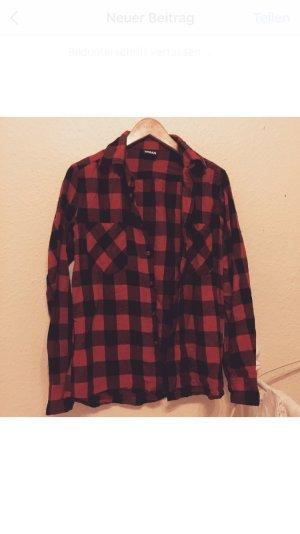 Rot / schwarz kariertes Hemd