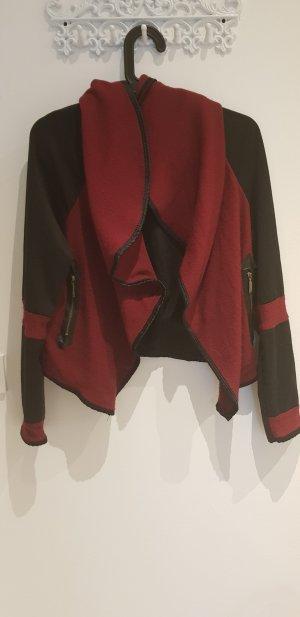 Cache-cœur en tricot noir-bordeau