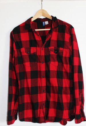 rot-schwarzes Flanelhemd mit Brusttaschen