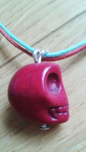 Rot türkise Kette mit Totenkopf NEU