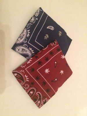 Rot und blaues Tuch für Kopf