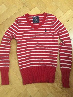Rot weiß gestreifter Pullover von U.S. Polo assn.