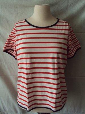 rot-weiß gestreiftes T-Shirt