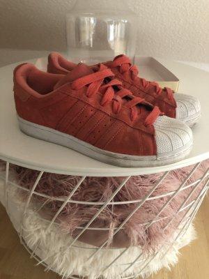 Adidas Originals Sneaker stringata rosso-bianco