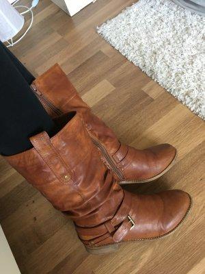 Rotbraune Stiefel von Rieker