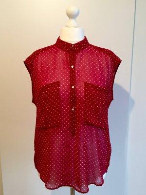 Rote ärmellose Bluse Mit Kragen und Punktmuster