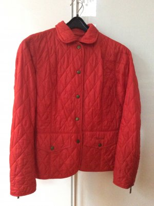 Rote Babour Steppjacke