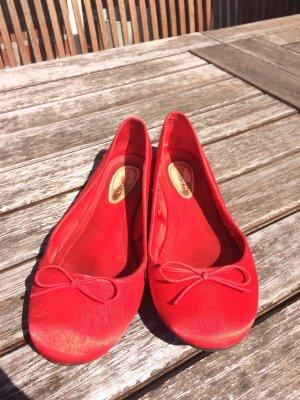 Rote Ballerina in Größe 38