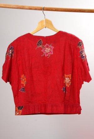 rote Batikbluse aus Indonesien