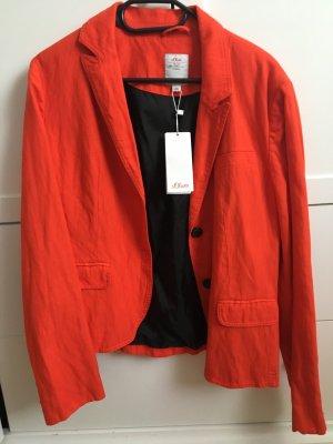 Rote Blazerjacke von s.Oliver
