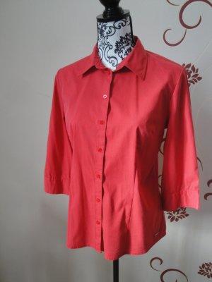 Rote Bluse mit 3/4-Ärmel