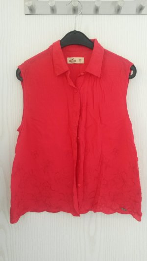 rote Bluse mit Blumenmuster von Hollister