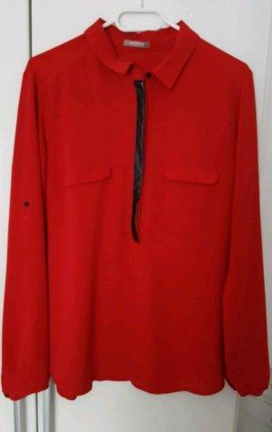 Rote Bluse von Orsay