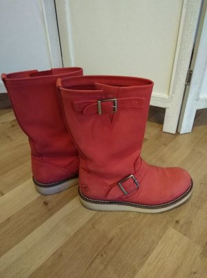 rote Boots Bronx