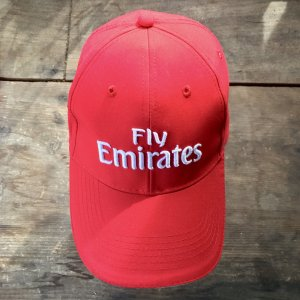 "Rote Cap ""Fly Emirates"""