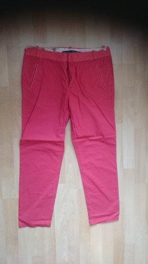 Rote Chino-Hose von Zara