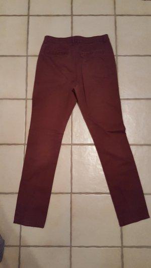 Rote Chinohose von Vero Moda