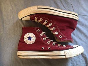 rote Converse All Star