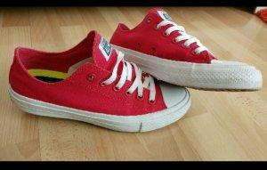 Rote Converse / Chucks