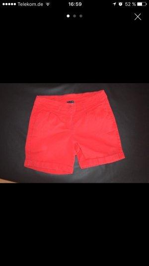 Rote Damen Hotpant (No Name)