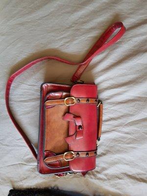 Rote Echtledertasche