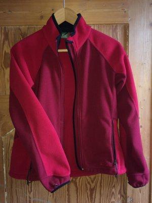 rote, feste Fleecejacke für die Übergangszeit