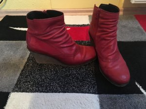 Rote Gabor Stiefeletten