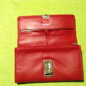 Rote Geldbörse von Braun Büffel aus Leder