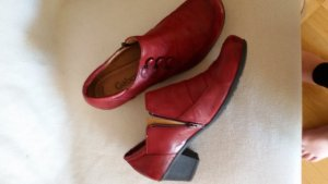 Gabor Mary Janes dark red leather
