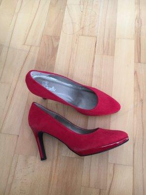 Rote high heels aus Spain