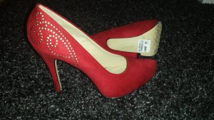 Rote High Heels mit Strass