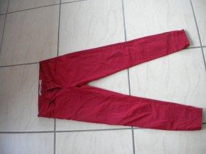 Rote Hose von Zara, Gr. 32-34