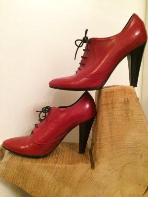 Rote *Hugo Boss* Stiefelchen Gr. 36