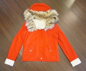 Rote Jacke mit Fellkapuze *NEU*