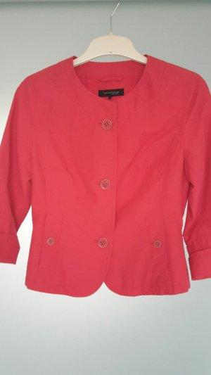 Rote Jacke, ungetragen, kurz
