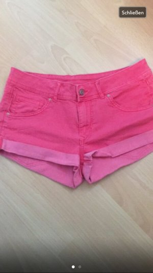 Rote Jeans - Hotpants