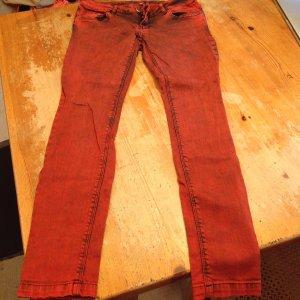 Rote Jeans von New Yorker