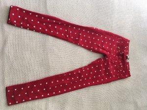 Rote Jeanshose mit Herzchendruck