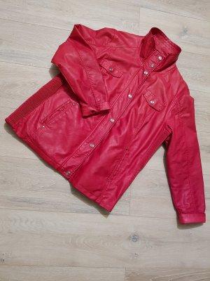 rote Kunstlederjacke von Canda (C&A) in Größe 48