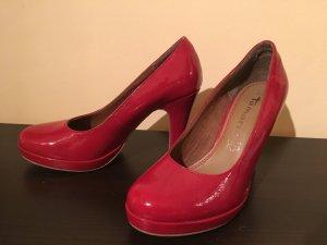 rote Lackhigh heels von Tamaris