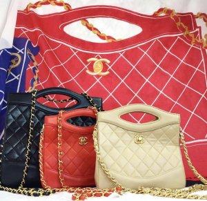 Chanel Bolsa de hombro rojo