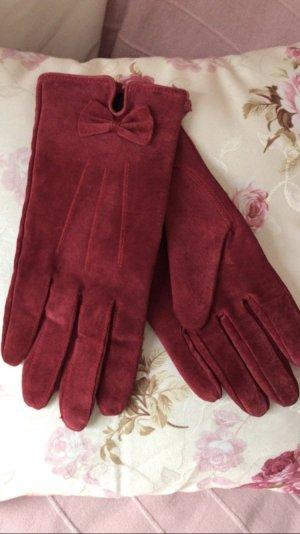 Rote Lederhandschuhe