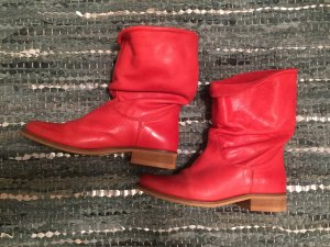 schuh Short Boots red leather
