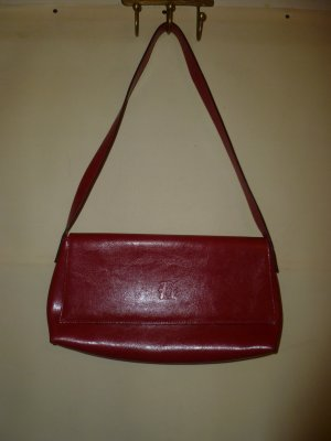 Rote Ledertasche